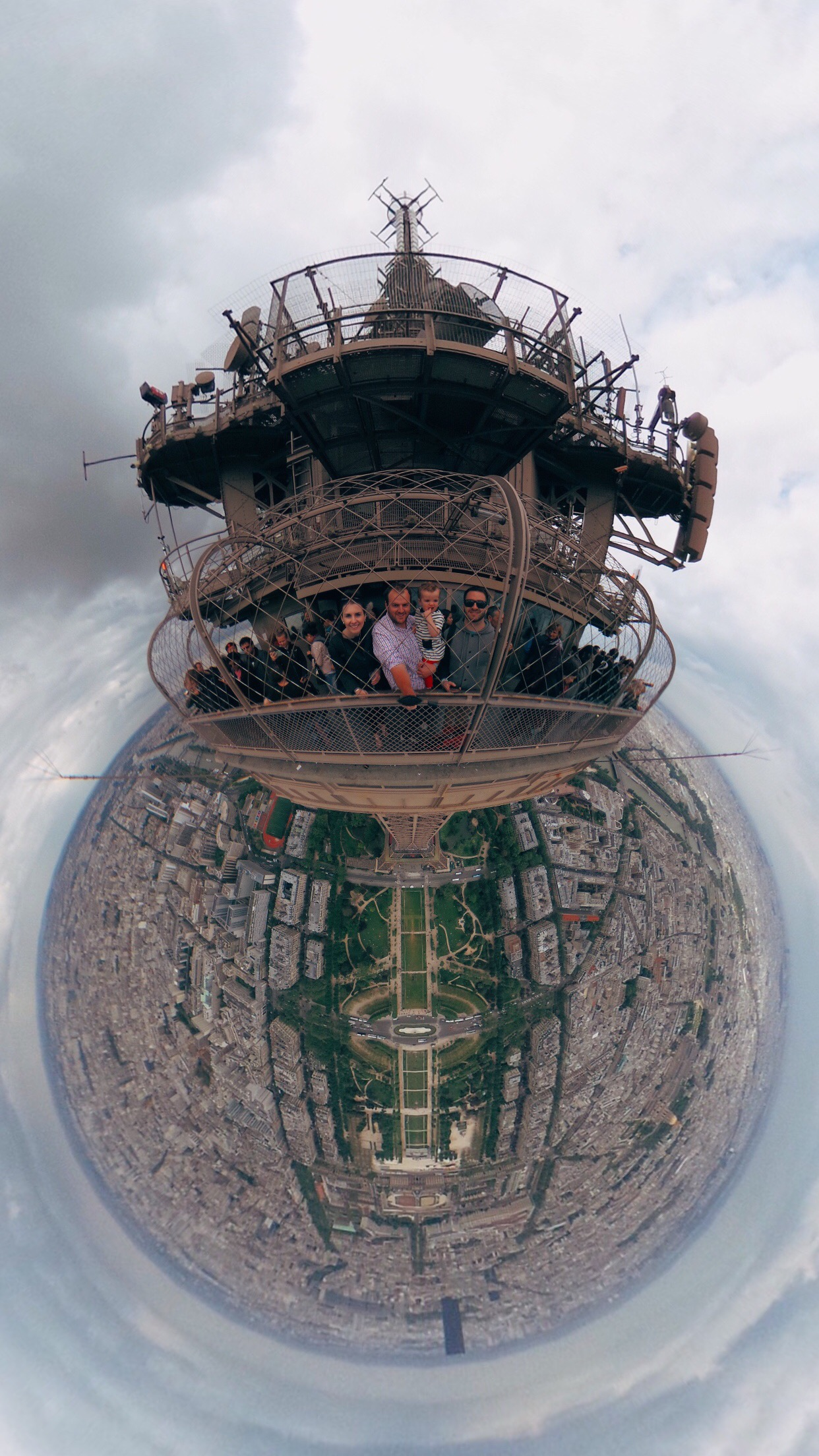 Steps To Eiffel Tower Top : Virtual reality ° photo from top of eiffel tower
